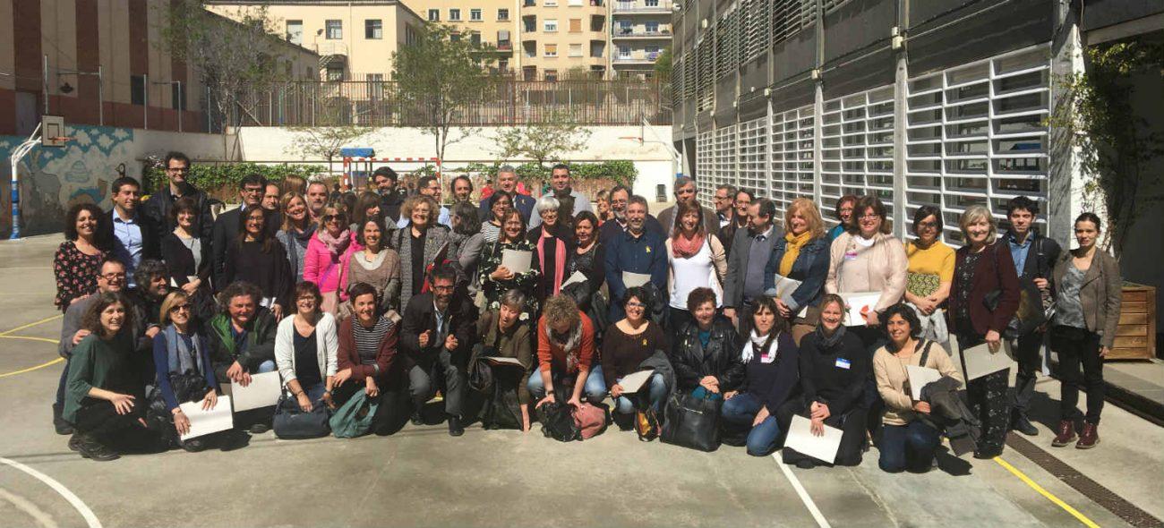 Foto de grup dels participants en la'cte de presentació de l'amplaició del programa Magnet.